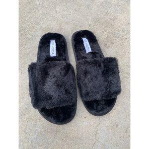 Black Fuzz Fur Slides Sandals Slip On